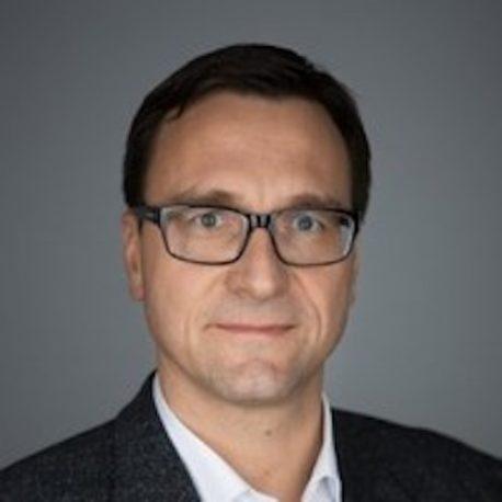 Dr. Carsten Raven